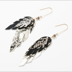 🍂 🍁 Fall Feather Dangle Earrings 🍁 🍂